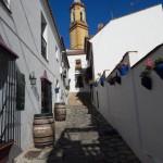 El campanario de la iglesia como mudo testigo de la belleza de Estepona