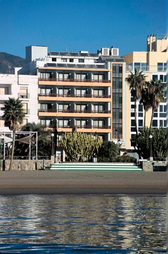 Hotel Buenavista. En primera linea de playa en el centro de Estepona